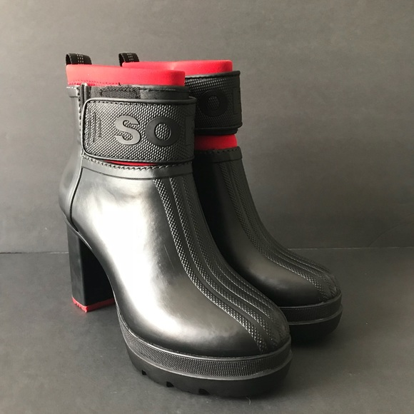96bd7751375 Sorel Medina III rubber Platform ankle boots Sz 8.  M 5a9dc44f6bf5a6da32467813